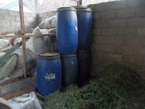 Ruang fermentasi Pakan Sapi adalah yang bersih, steril, higienis dan cukup kelembapan dan sinar mataharinya